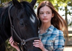 Black Beauty estrena trailer para Disney +